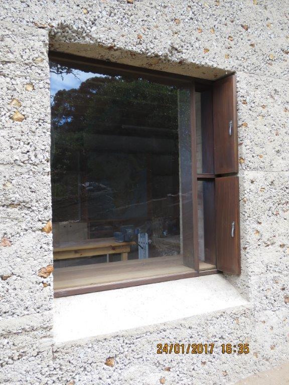 Casement window (19)