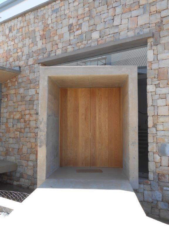 Entrance door (62)