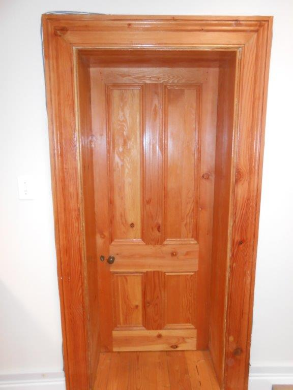 Internal door (8)